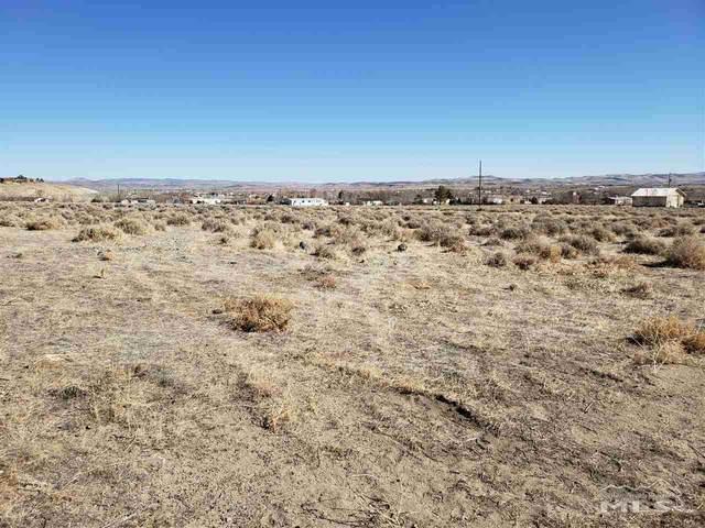 1310 Cooney Drive, Silver Springs, NV 89429 (MLS #200006960) :: NVGemme Real Estate