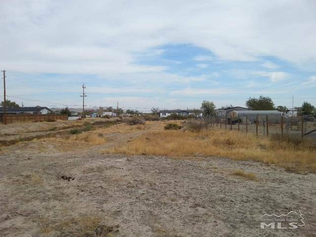 2660 Tonopah St, Silver Springs, NV 89429 (MLS #200007010) :: NVGemme Real Estate
