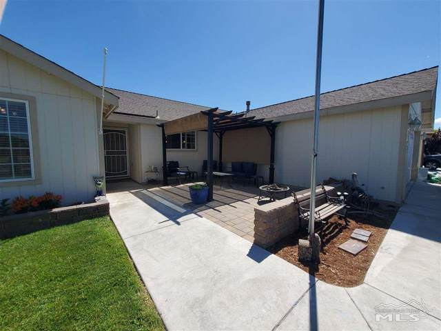 1645 Meadows Ave, Fernley, NV 89408 (MLS #200007062) :: The Craig Team