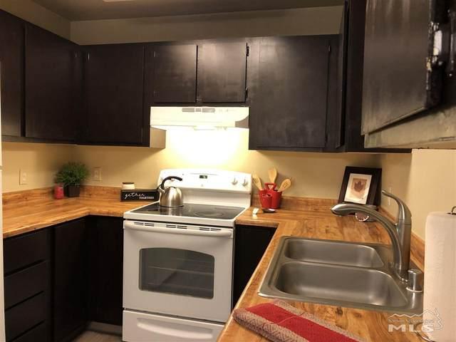 2090 Highview Ct #7, Reno, NV 89512 (MLS #200008219) :: Ferrari-Lund Real Estate