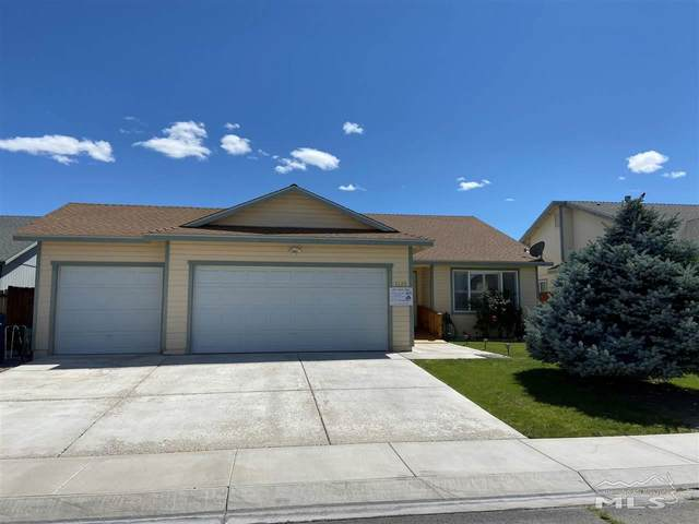 2129 Fort Bridger, Fernley, NV 89408 (MLS #200008594) :: Chase International Real Estate