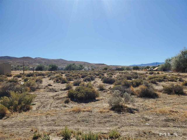 5135 Robert Way, Silver Springs, NV 89429 (MLS #200009230) :: The Mike Wood Team
