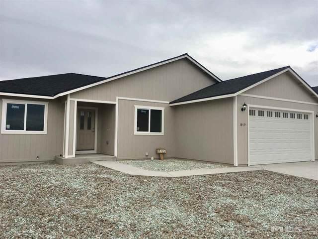 4572 Rutledge, Fernley, NV 89408 (MLS #200009282) :: Vaulet Group Real Estate