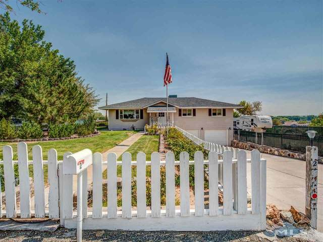 2 Bluestone Ave, Yerington, NV 89447 (MLS #200012417) :: Vaulet Group Real Estate