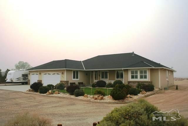 201 Travis Ct, Dayton, NV 89403 (MLS #200012913) :: Ferrari-Lund Real Estate
