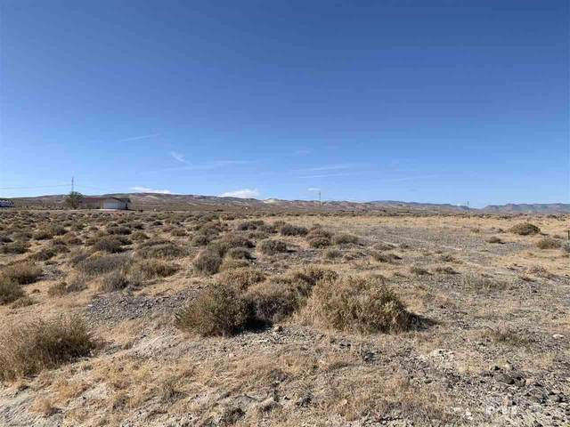 1775 Highland Dr, Fernley, NV 89408 (MLS #200014337) :: Theresa Nelson Real Estate