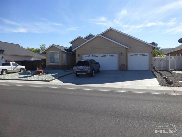 947 Julia Lane, Fernley, NV 89408 (MLS #200014862) :: Chase International Real Estate