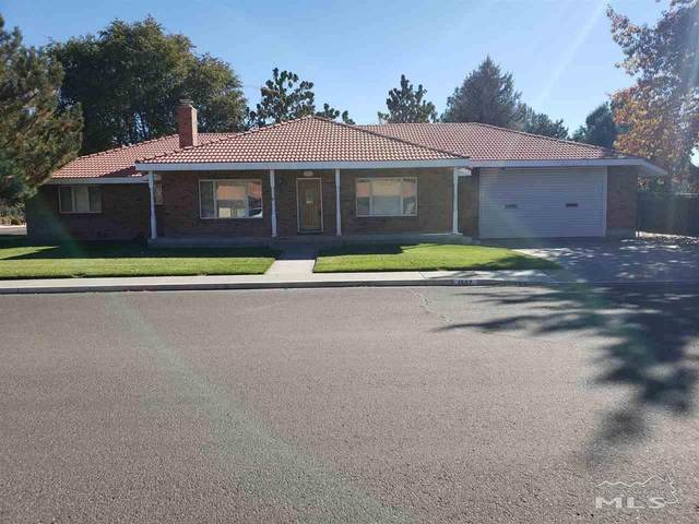 1597 Tenth Street, Minden, NV 89423 (MLS #200015189) :: The Mike Wood Team