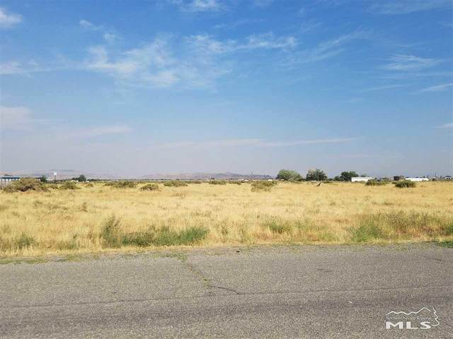 3405 S Hwy 95A, Silver Springs, NV 89429 (MLS #200015589) :: The Mike Wood Team