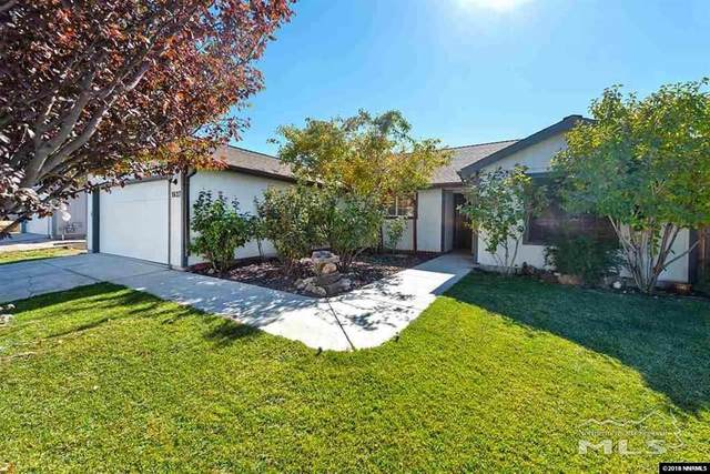 1627 Meadows Ave, Fernley, NV 89408 (MLS #200016401) :: Fink Morales Hall Group