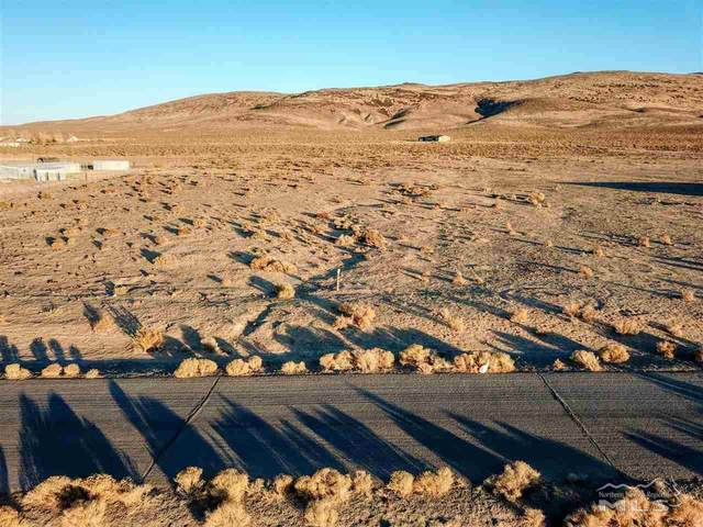 26 Desert Wells Circle, Stagecoach, NV 89429 (MLS #200016776) :: NVGemme Real Estate
