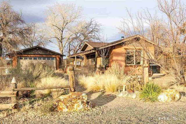 1653 Windmill, Gardnerville, NV 89410 (MLS #210000814) :: The Mike Wood Team