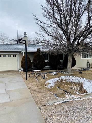 189 Ring Rd, Dayton, NV 89403 (MLS #210000897) :: NVGemme Real Estate