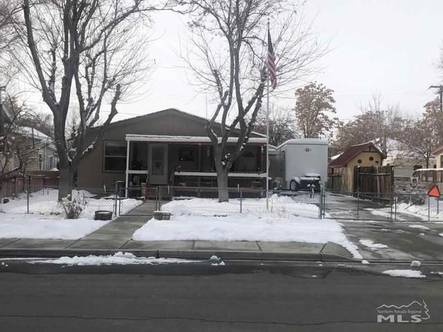 755 Franklin Ave, Lovelock, NV 89419 (MLS #210000978) :: NVGemme Real Estate