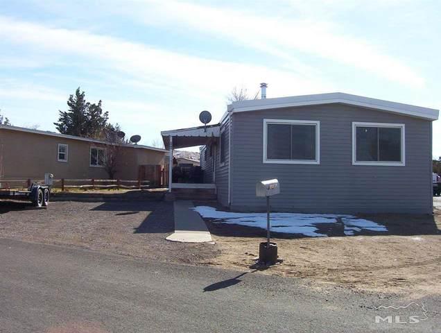 290 Aquarius Cir, Reno, NV 89521 (MLS #210001396) :: NVGemme Real Estate