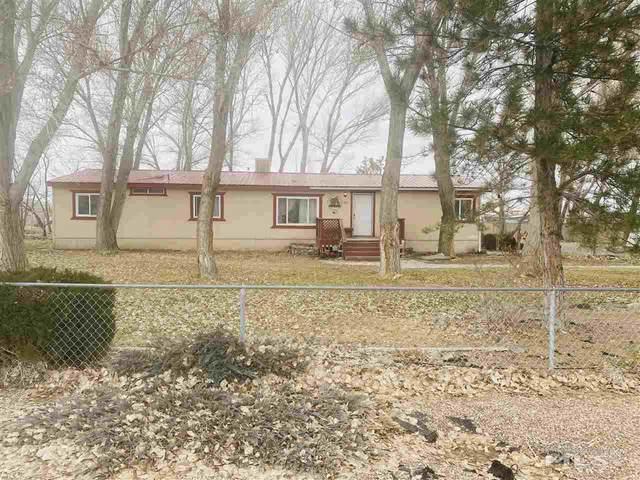 35 Spring Drive, Lovelock, NV 89419 (MLS #210001772) :: NVGemme Real Estate