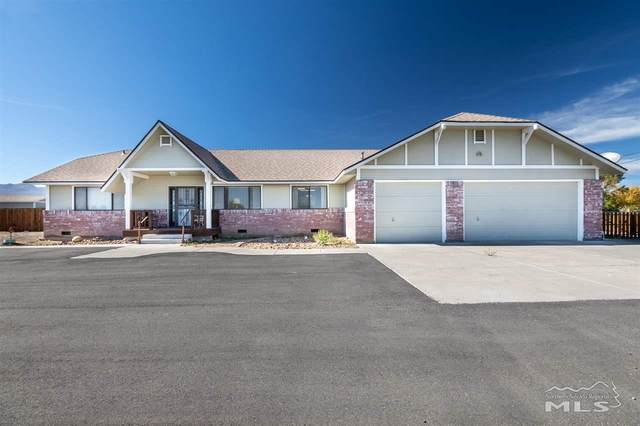 225 Stock Ln, Fernley, NV 89408 (MLS #210002191) :: Chase International Real Estate