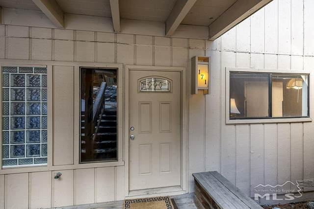 321 Ski Way #171, Incline Village, NV 89451 (MLS #210003247) :: The Mike Wood Team