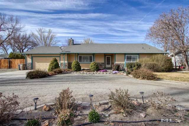 8 Baker Ln, Yerington, NV 89447 (MLS #210004792) :: Theresa Nelson Real Estate