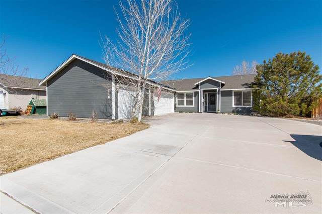 118 Shadow Mountain Drive, Fernley, NV 89408 (MLS #210004866) :: Chase International Real Estate