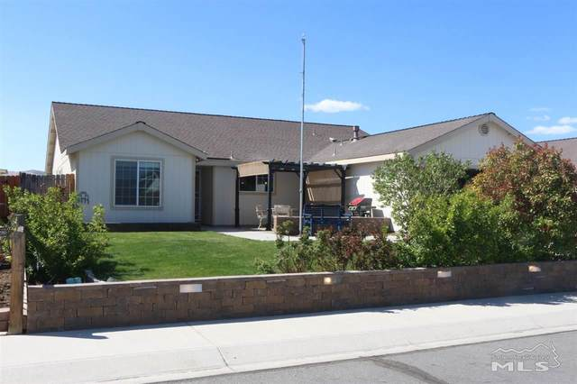 1645 Meadows, Fernley, NV 89408 (MLS #210005157) :: Craig Team Realty
