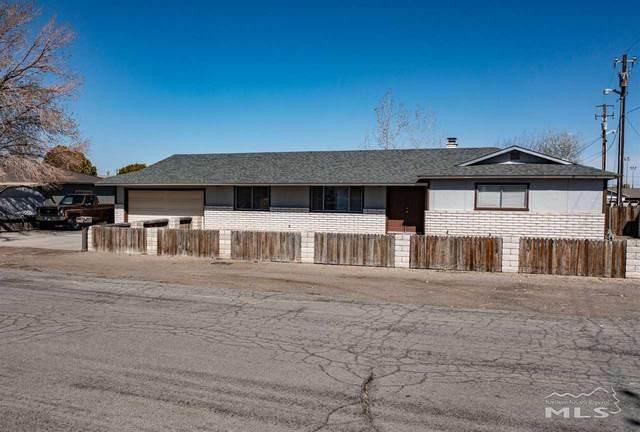 215 Ruby Street, Fernley, NV 89408 (MLS #210005330) :: Craig Team Realty