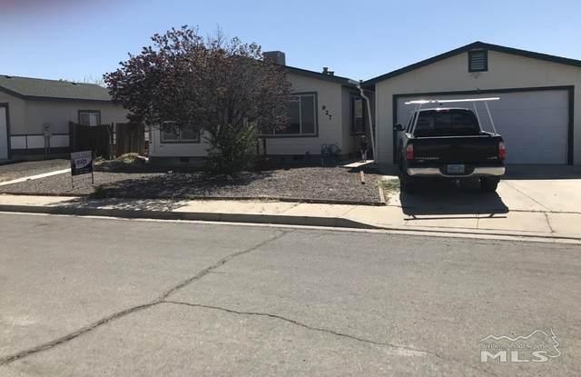 927 Green Valley Dr., Fernley, NV 89408 (MLS #210005932) :: Vaulet Group Real Estate