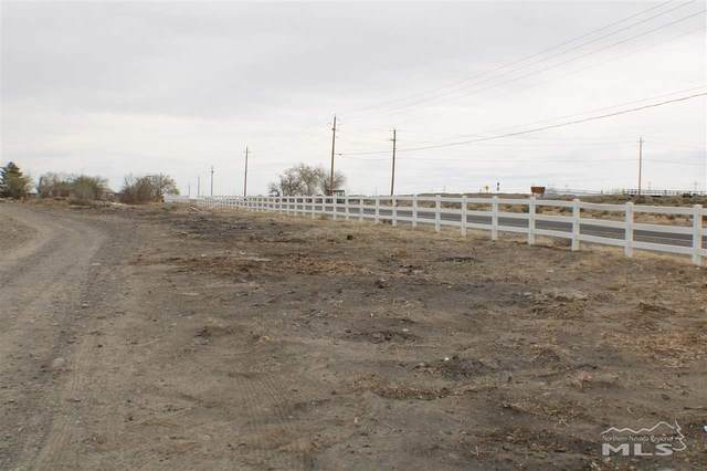 4000 Farm District Road, Fernley, NV 89408 (MLS #210006361) :: The Mike Wood Team