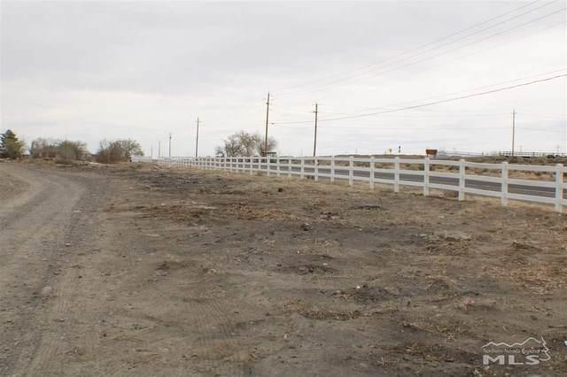4000 Farm District Road, Fernley, NV 89408 (MLS #210006361) :: NVGemme Real Estate