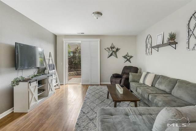 1151 Shadow Ln, Fernley, NV 89408 (MLS #210006669) :: NVGemme Real Estate
