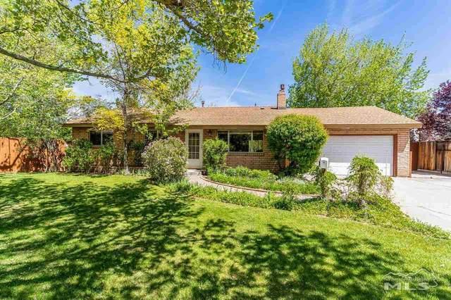 16 Arizona Cir, Carson City, NV 89701 (MLS #210006672) :: NVGemme Real Estate