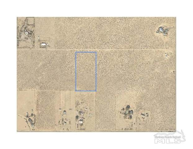 2215 E 10th, Silver Springs, NV 89429 (MLS #210007566) :: Chase International Real Estate