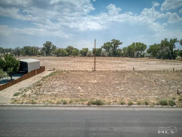34 Penrose Drive, Yerington, NV 89447 (MLS #210009974) :: Chase International Real Estate