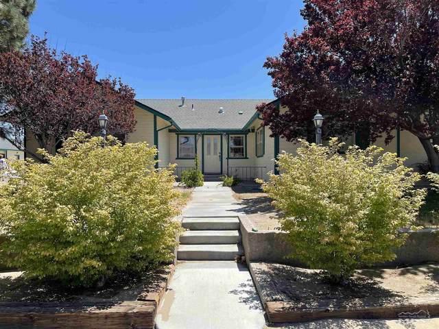 8 Panavista Cir, Yerington, NV 89447 (MLS #210010369) :: Chase International Real Estate