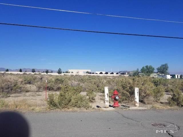 1015 Jessica Lane, Fernley, NV 89408 (MLS #210010483) :: NVGemme Real Estate