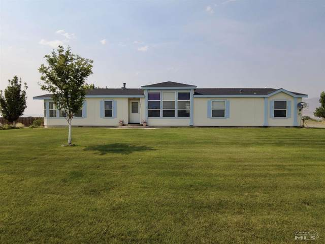 5825 Pelican Ln, Winnemucca, NV 89445 (MLS #210010725) :: Vaulet Group Real Estate