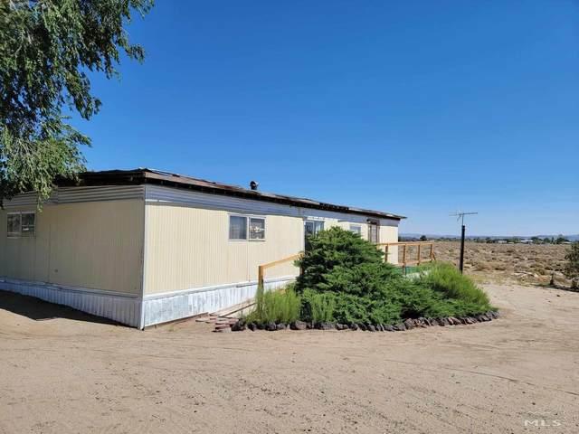 2150 Fox St, Silver Springs, NV 89429 (MLS #210010912) :: NVGemme Real Estate