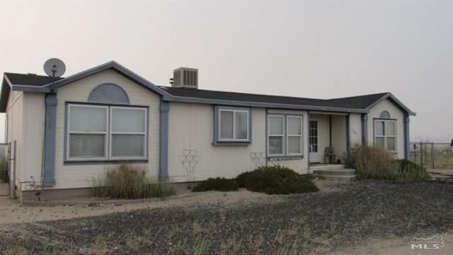 1380 Crest Drive, Silver Springs, NV 89429 (MLS #210010958) :: NVGemme Real Estate