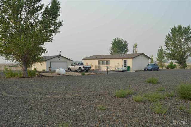 3035 E. 4th Street, Silver Springs, NV 89429 (MLS #210010986) :: NVGemme Real Estate