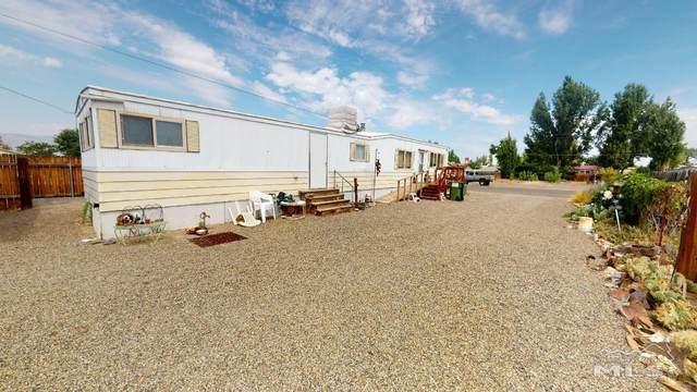 310 Eastgate Dr, Battle Mountain, NV 89820 (MLS #210011040) :: NVGemme Real Estate