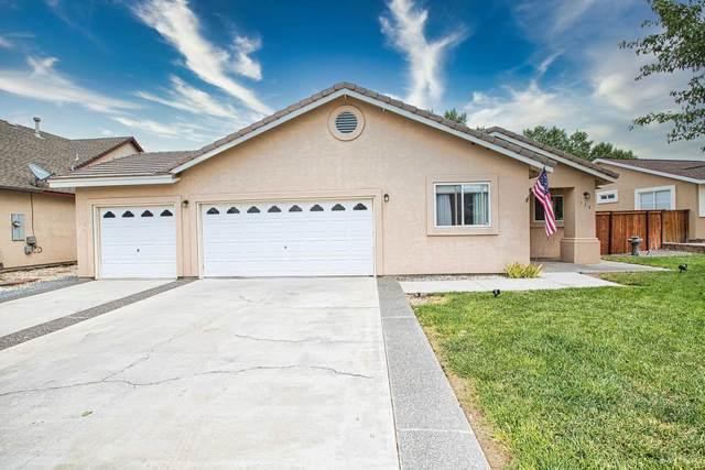718 Divot Drive, Fernley, NV 89408 (MLS #210011339) :: Vaulet Group Real Estate