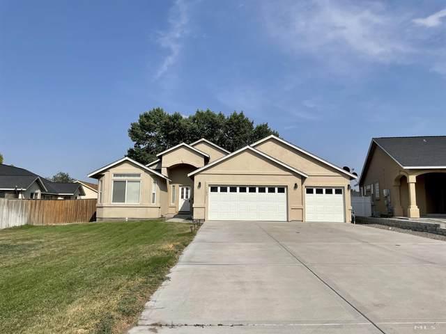 1102 Dixie, Fernley, NV 89408 (MLS #210011341) :: Vaulet Group Real Estate