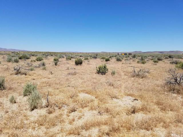 1840 Sky View Dr, Silver Springs, NV 89429 (MLS #210013450) :: Colley Goode Group- CG Realty