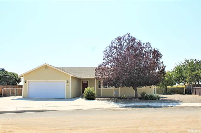 703 Kathy Avenue, Yerington, NV 89447 (MLS #210014066) :: NVGemme Real Estate