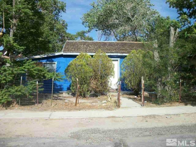 742 D St, Hawthorne, NV 89415 (MLS #210014275) :: Vaulet Group Real Estate