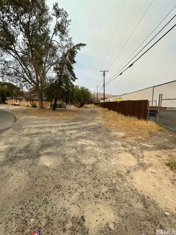 3125 Sunrise Dr, Carson City, NV 89706 (MLS #210014297) :: NVGemme Real Estate