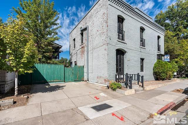 201 W King Street, Carson City, NV 89703 (MLS #210014338) :: NVGemme Real Estate