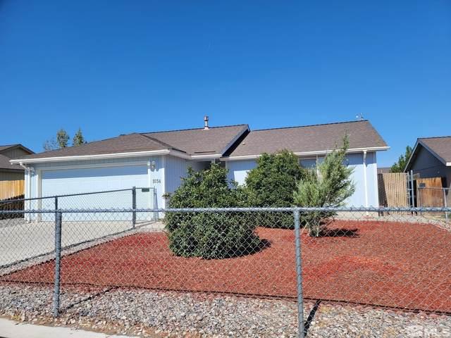 1034 Rosehips Ln, Fernley, NV 89408 (MLS #210014445) :: NVGemme Real Estate