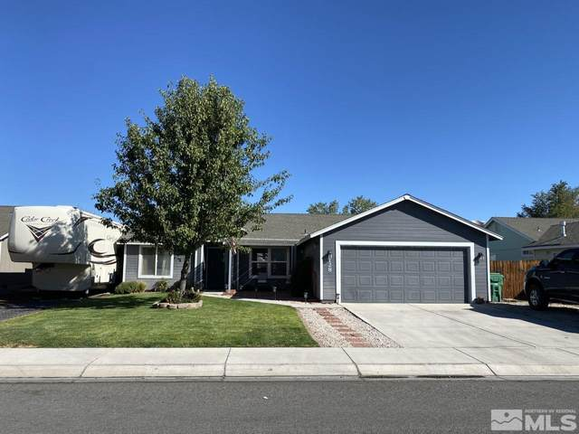 128 Shadow Mountain Dr, Fernley, NV 89408 (MLS #210014486) :: NVGemme Real Estate