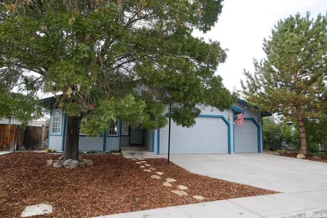 656 Silverlace Blvd, Fernley, NV 89408 (MLS #210015128) :: NVGemme Real Estate